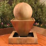 Small Oblique Fountain with Ball