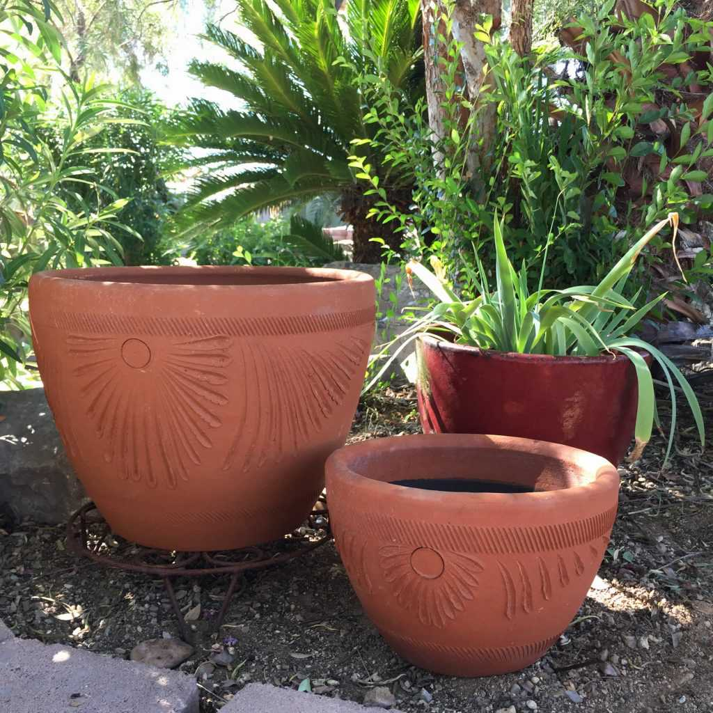 Red Clay Torpedo Planter