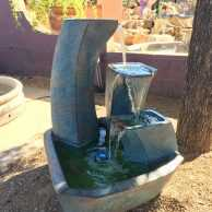 Curving Vessels Fountain with Light